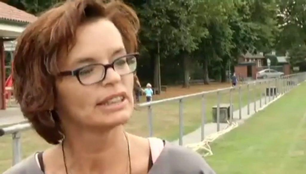 """Plötzlicher Herztod: """"Defi"""" rettet Leben auf dem Fußballplatz"""