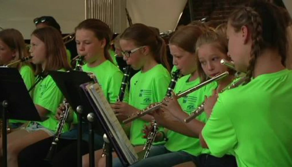 Bläserklassen aus Haselünne spielen großes Konzert