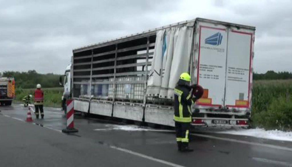 Unfall eines Gefahrguttransporters auf der A 31