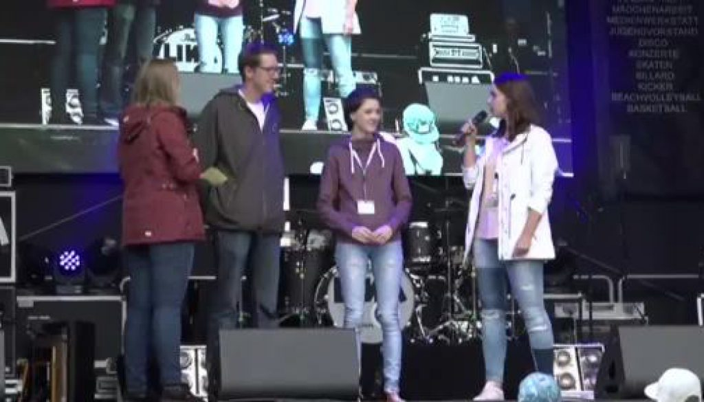 JUZ-TV feier 10-Jähriges mit bunten Rahmenprogramm