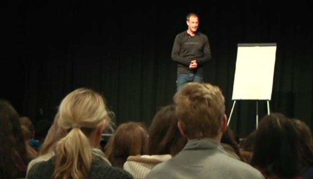 Lifecoach Christian Bischoff motiviert Schüler des Gymnasiums Nordhorn