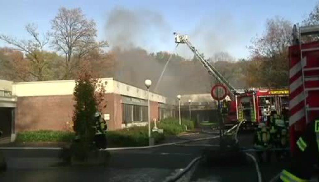 Feuer in der ehemaligen Pestalozzi-Schule in Lingen-Laxten