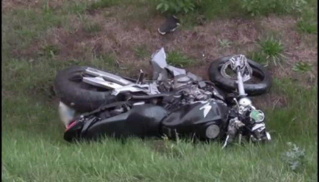 Motorradfahrerin verunglückt tödlich