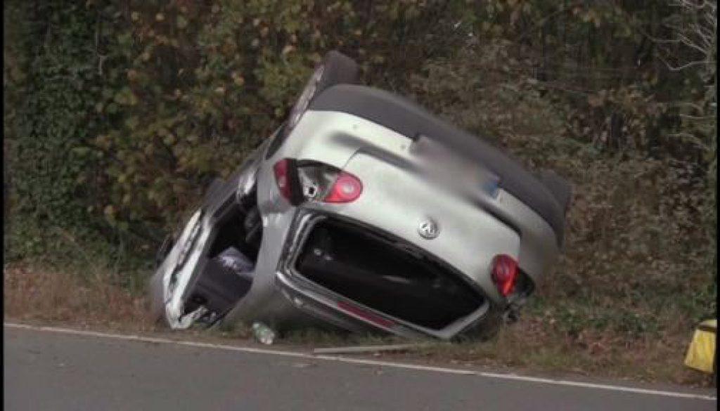 22-Jähriger verletzt sich bei Verkehrsunfall schwer