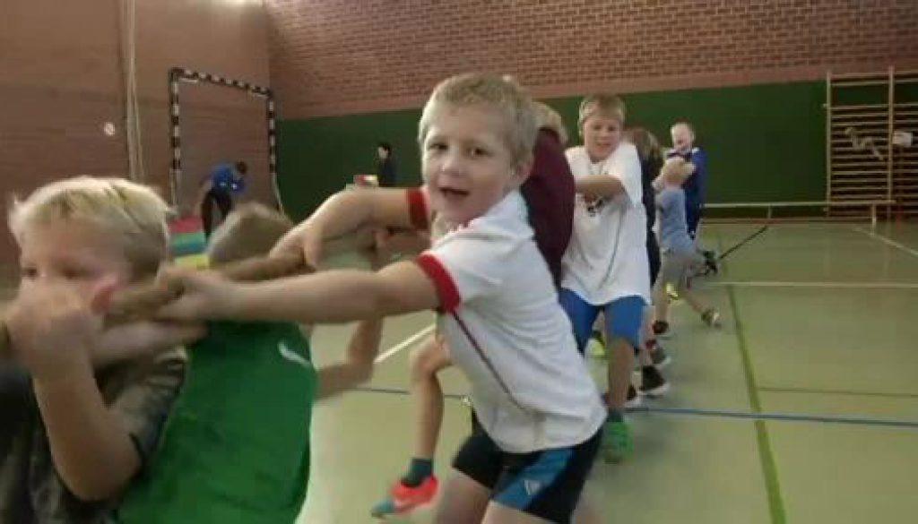 Grundschüler in Andervenne sind begeistert vom Leichtathletik-Aktionstag