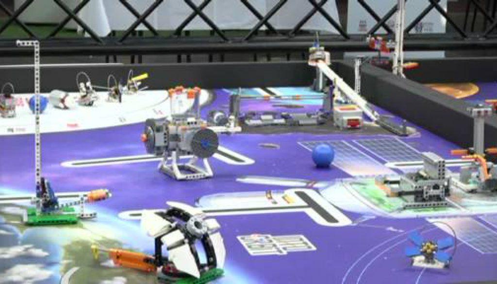 Roboter VS Roboter - zweite First Lego League Emsland