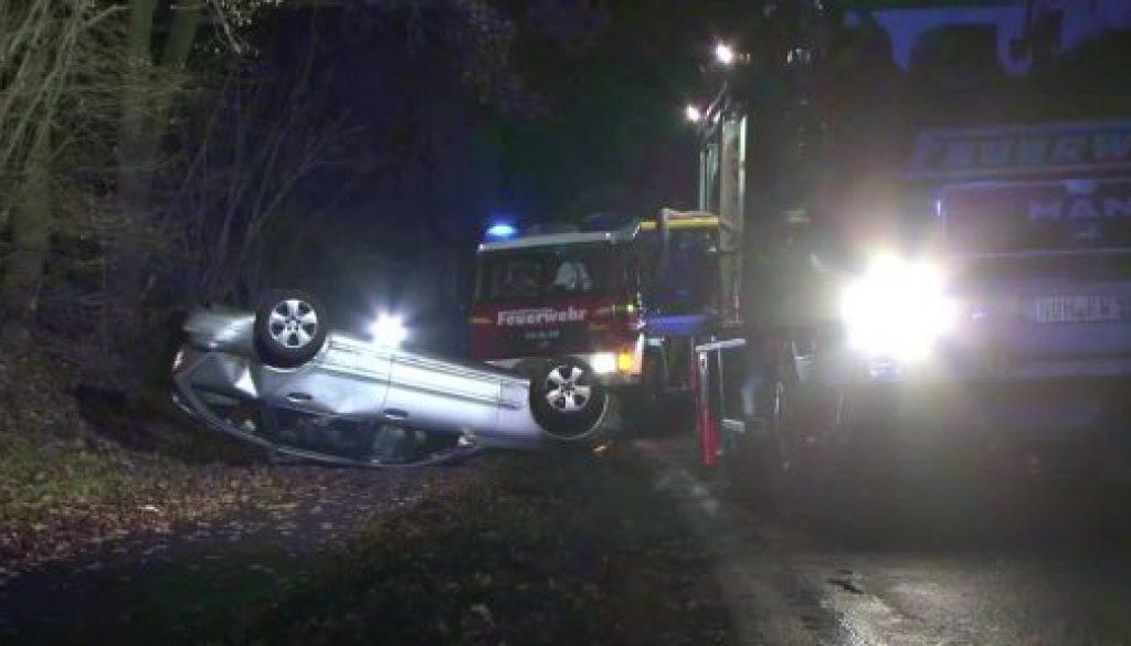 Autofahrer bei Unfall in Samern schwer verletzt