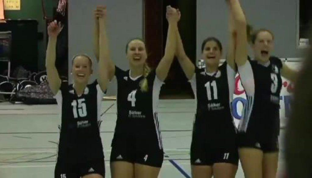 Speller Volleyballerinnen siegen im Spitzenspiel