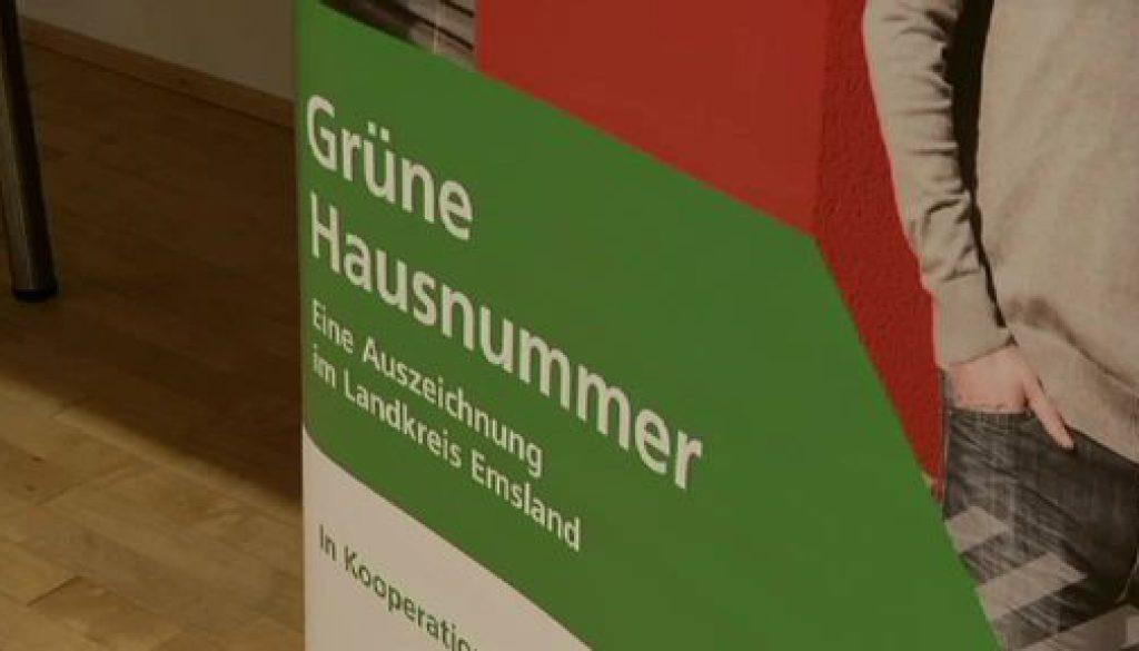 """Hauseigentümer erhalten """"Grüne Hausnummer"""""""