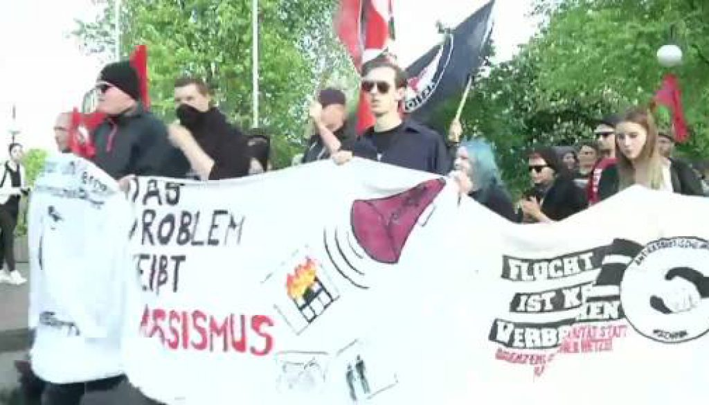 Gegen Abschiebungen - Demo in Meppen