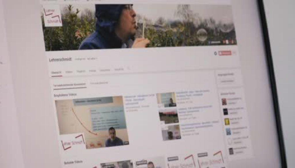 Nachhilfe per YouTube - Lehrer Schmidt erklärt die Welt