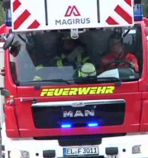 Feuerwehr rückt zu Großübung aus