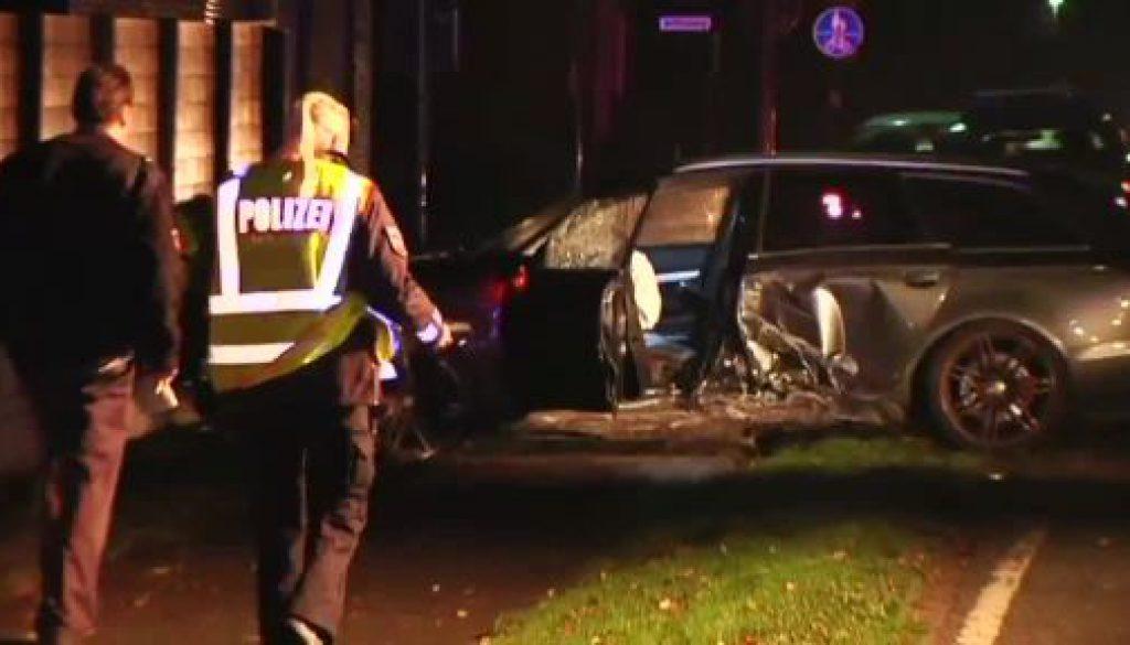 Audifahrer verunglückt in Kluse