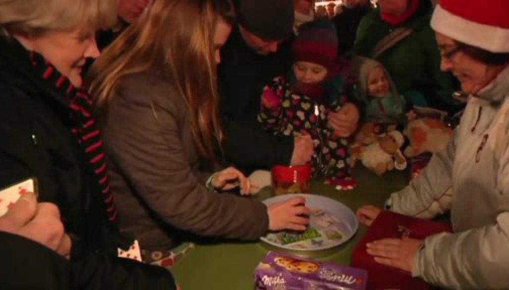 Nikolausknobeln lockt Besucher nach Nordhorn