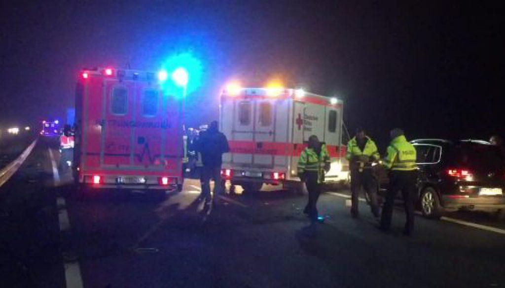 Mehrere Verletzte bei Unfall auf der A30