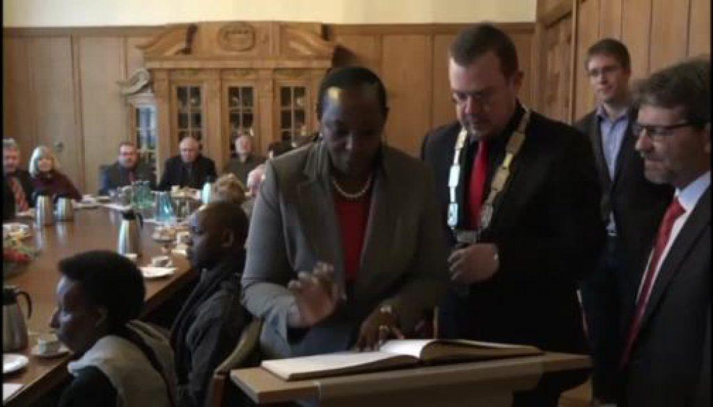 Ugandische Delegation zu Gast in Papenburg