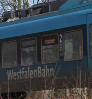 Gleisarbeiter wird von Zug erfasst