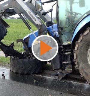 Screen_Auto kollidiert mit Traktor