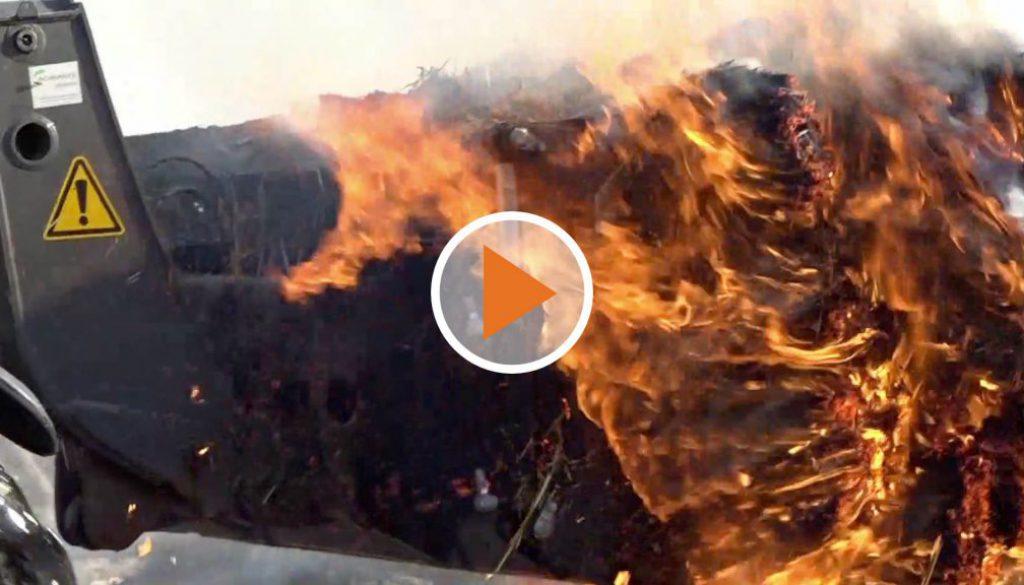 Screen_Lagerhalle komplett ausgebrannt