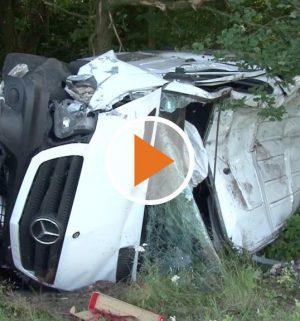 Screen_19 07 16 schwerer Verkehrsunfall an Kreuzung