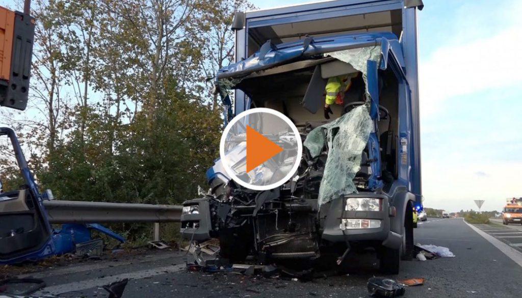 Screen_lkw-kollidiert-mit-reinigungswagen