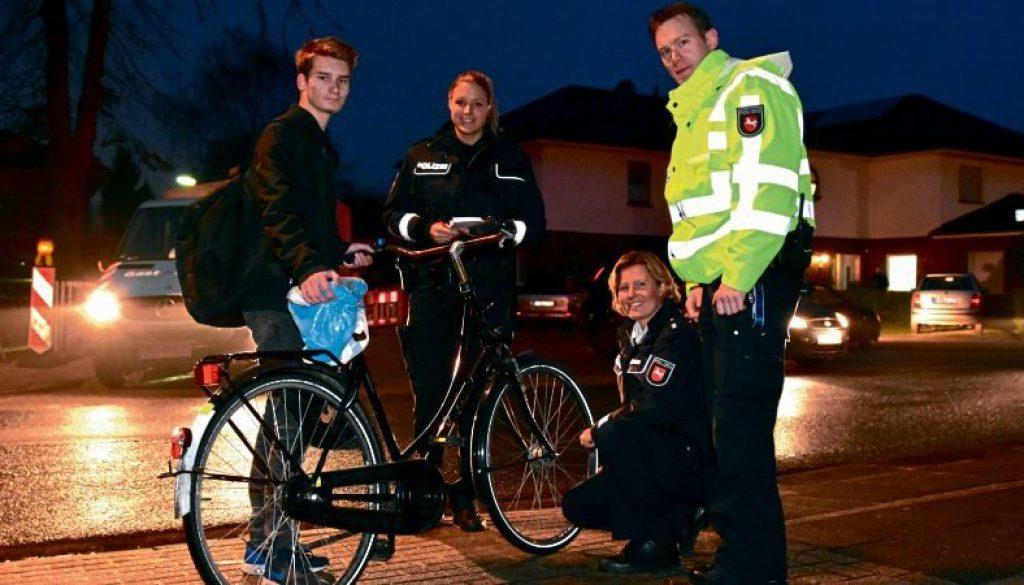 Die Polizei kontrolliert verstärkt den Fahrradverkehr