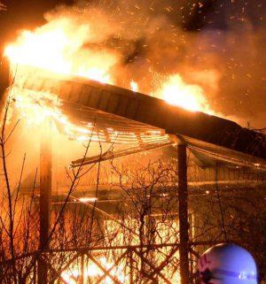 Screen_wohnhaus brennt lichterloh_1
