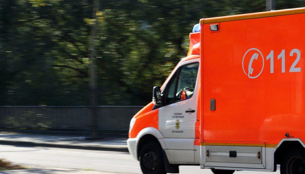 symbol_screen_blaulicht_krankenwagen_notfall_vier