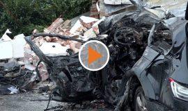 Screen_Fahrer verbrennt in seinem Auto