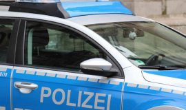Screen_Polizei_Auto