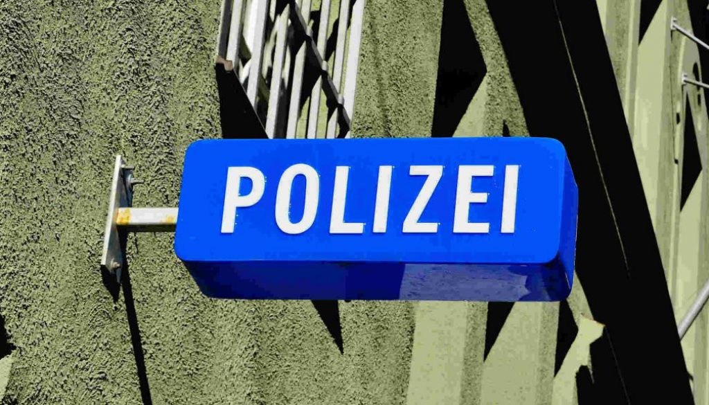 Screen_Polizei_Schild