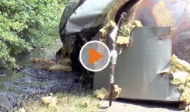 Screen_Laster mit elf Tonnen Erdoel umgekippt