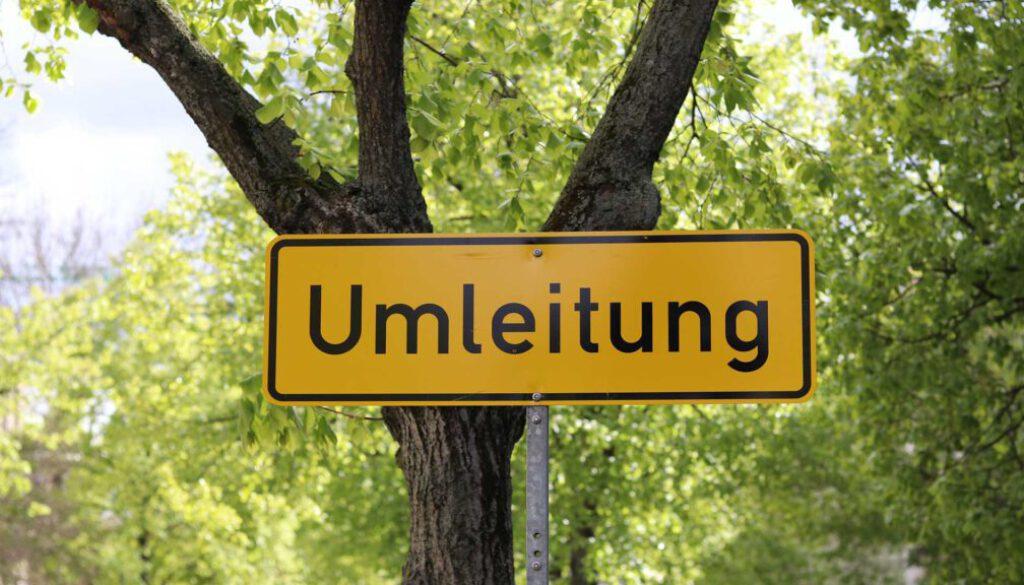 symbol_umleitung_sperrung_strassensperre_verkehrsumleitung