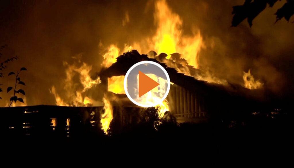 Screen_20 08 17 Mehrere Gebäude nach Brand in Kleingartenanlage zerstört