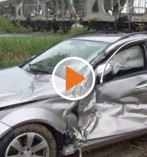 Screen_Verkehrsunfall mit Gueterzug