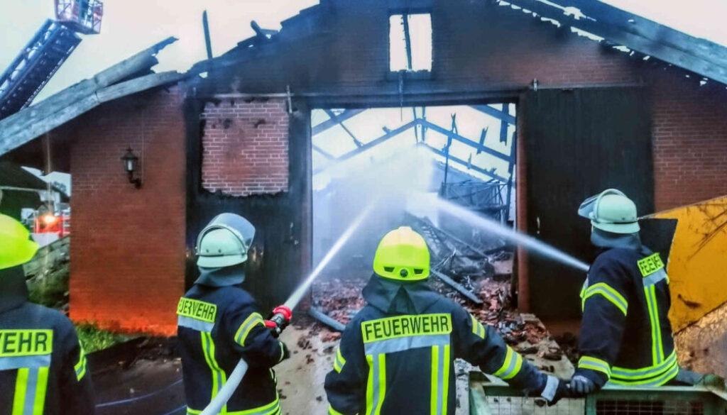 Screen_20 09 10 Scheunenbrand in Sustrum