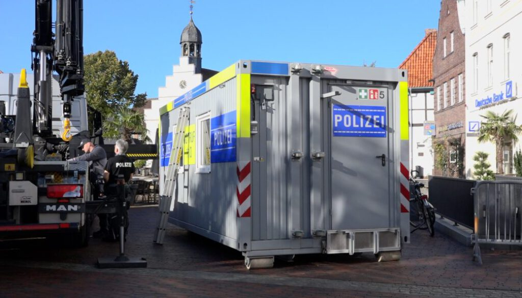20 10 29 Polizeicontainer Screen