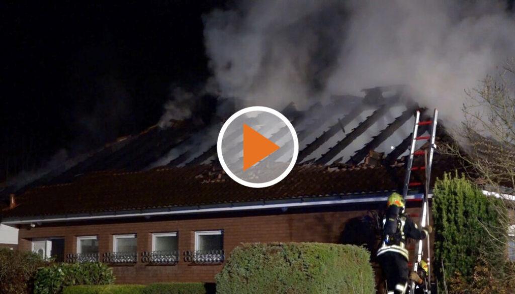 Screen_Dachstuhlbrand zerstoert Haus