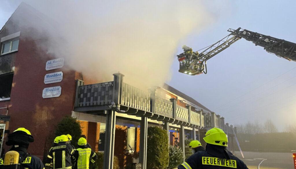 Screen_wohnahusbrand zwei personen gerettet