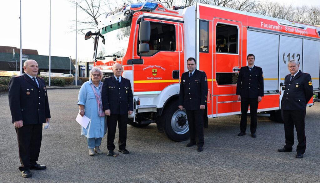 screen_Ehrung durch den Feuerwehrverband