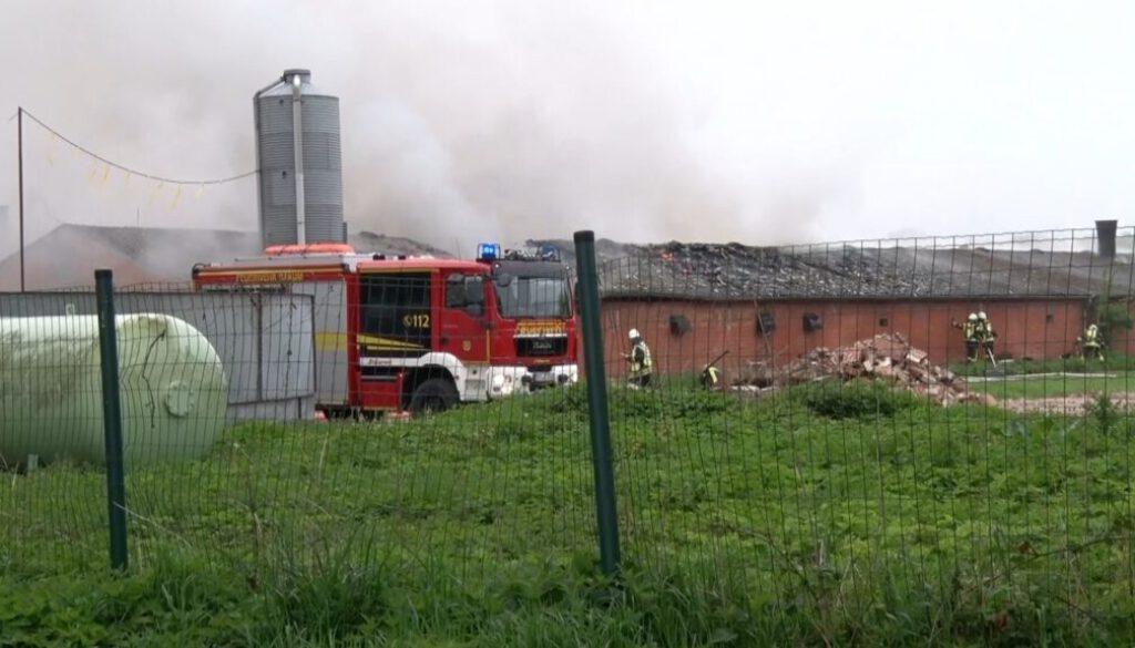 21 05 14 Brand im leeren Enstenstall