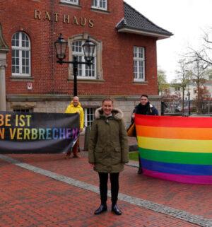 Screen_21 05 11 Papenburg zeigt Flagge