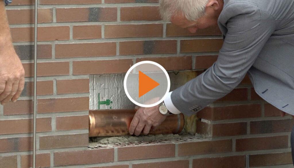 Screen_21 06 25 Grundstein legen und Moebel packen